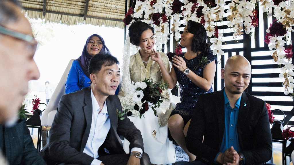 Mint & Noelle's Muslim Wedding by Film Wedding Photographer Brian Ho from thegaleria